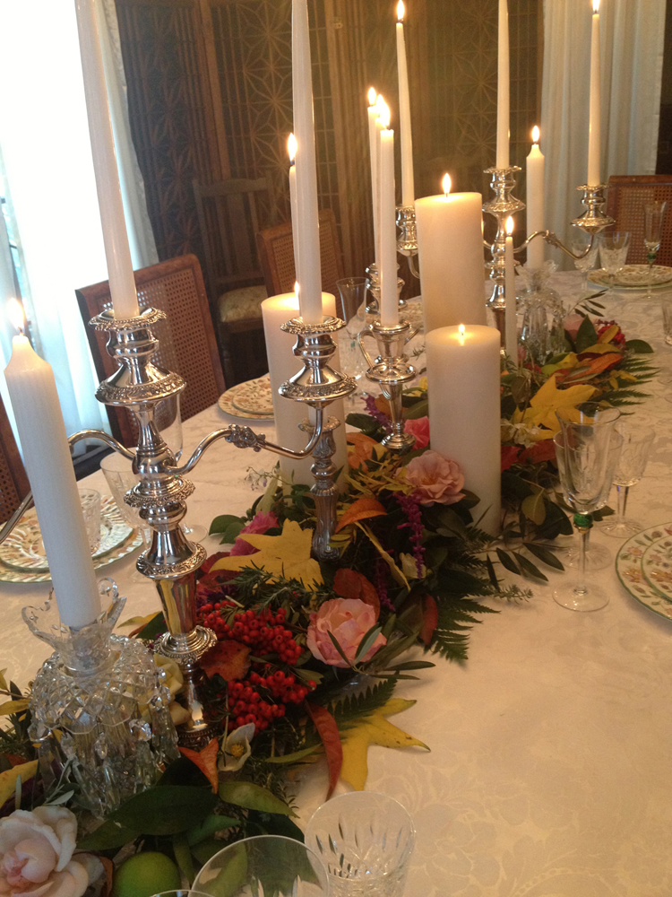 Paige Davis shares the beautiful Thanksgiving centerpiece from a recent celebration with friends.